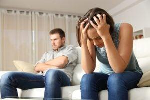 marido ignorando mujer Psicoterapia y Psicología Málaga